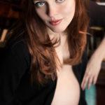 prettypreggiethings:  Sarah by Jeremy Hammons Photography on…